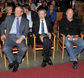 Φωτό - Ο Κώστας Καραμανλής τίμησε τον μεγάλο λαϊκό τραγουδιστή Μιχάλη Μενιδιάτη μαζί με Μίμη Πλέσσα & Γιώργο Βαρδινογιάννη - Κυρίως Φωτογραφία - Gallery - Video