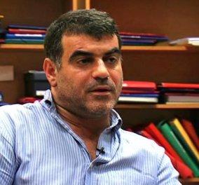 Ελεύθερος αφέθηκε ο Κώστας Βαξεβάνης μετά την μήνυση της συζύγου του Γιάννη Στουρνάρα - Κυρίως Φωτογραφία - Gallery - Video