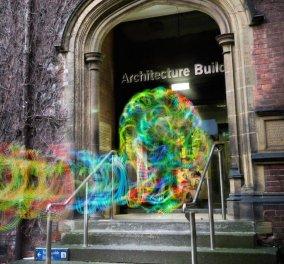 Δείτε πως μοιάζουν τα αόρατα σήματα WiFi- Σαν φαντάσματα που κυκλοφορούν ανάμεσά μας... - Κυρίως Φωτογραφία - Gallery - Video