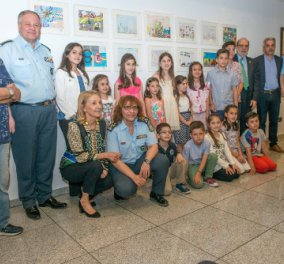 Η ΕΛ.ΑΣ βράβευσε 12 λιλιπούτειους ζωγράφους που πρώτευσαν στην έκθεση ζωγραφικής με θέμα την οδική ασφάλεια - Κυρίως Φωτογραφία - Gallery - Video