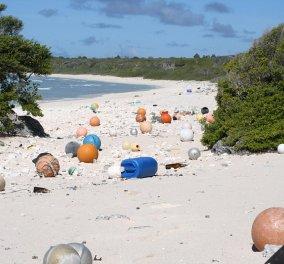 «Παρθένο» νησάκι στον Ειρηνικό είναι το πιο βρώμικο του κόσμου: Χωματερή με πλαστικά σκουπίδια - Κυρίως Φωτογραφία - Gallery - Video