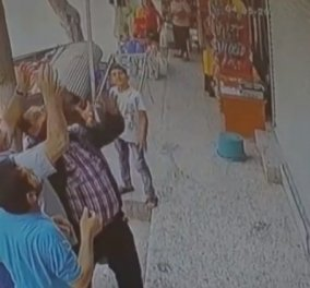 Απίστευτο περιστατικό στην Τουρκία: Μωρό πέφτει από μπαλκόνι και το σώζουν τελευταία στιγμή οι περαστικοί (Βίντεο) - Κυρίως Φωτογραφία - Gallery - Video