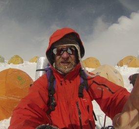 «Πάτησε» την κορυφή του Έβερεστ καρκινοπαθής σε τελικό στάδιο- Του έχουν δώσει λίγους μήνες ζωής - Κυρίως Φωτογραφία - Gallery - Video