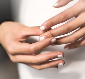 Half moon nails: Το ανάποδο γαλλικό μανικιούρ είναι η νέα μόδα - Υιοθέτησέ την! - Κυρίως Φωτογραφία - Gallery - Video
