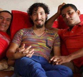 Και οι 3 γαμπροί είναι άντρες: Αναγνωρίστηκε για πρώτη φορά γάμος 3 ατόμων - Κυρίως Φωτογραφία - Gallery - Video