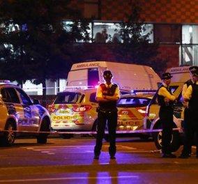 Βίντεο- Η στιγμή της σύλληψης του δράστη που παρέσυρε με βαν μουσουλμάνους στο Λονδίνο - Κυρίως Φωτογραφία - Gallery - Video
