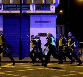 Βίντεο - ντοκούμεντο: Η στιγμή που οι αστυνομικοί σκοτώνουν τους μακελάρηδες του Λονδίνου - Κυρίως Φωτογραφία - Gallery - Video