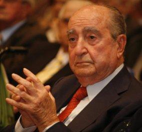 Σε κλίμα συγκίνησης το πολιτικό μνημόσυνο του Κωνσταντίνου Μητσοτάκη στη Βουλή - Live τώρα ο Κυριάκος τον αποχαιρετά - Κυρίως Φωτογραφία - Gallery - Video