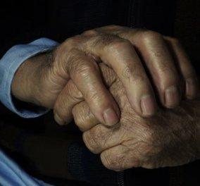 100χρονος πέθανε λίγες ώρες μετά την ένοπλη ληστεία στο σπίτι του στην Καλλιθέα - Ξυλοκοπήθηκε από τους δράστες - Κυρίως Φωτογραφία - Gallery - Video