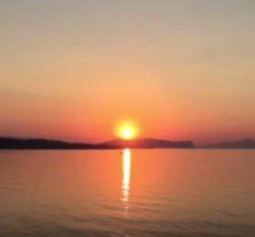 Μοιραστείτε μαζί μου την ανατολή του ήλιου από τις Σπέτσες και θυμηθείτε πως είναι η πρώτη αχτίδα φωτός (ΒΙΝΤΕΟ) - Κυρίως Φωτογραφία - Gallery - Video