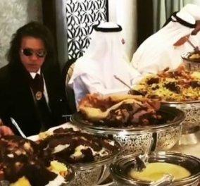 Ο Ηλίας Ψινάκης και το λουκούλειο δείπνο στα Αραβικά Εμιράτα- Επαφές για να στηρίξει τον δήμο του - Κυρίως Φωτογραφία - Gallery - Video