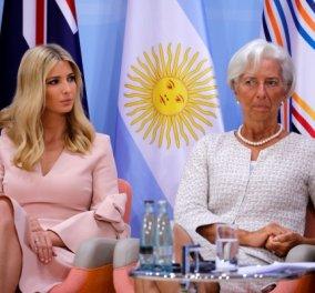 Επιτέλους οι γυναίκες στην εξουσία δεν θυμίζουν άντρες: Υπέρκομψες & σκασμένες στα γέλια Λαγκάρντ - Ιβάνκα Τραμπ στο G20 (ΦΩΤΟ) - Κυρίως Φωτογραφία - Gallery - Video
