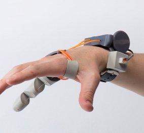 Μαγικό! Δείτε στο βίντεο πως λειτουργεί ένα έκτο δάχτυλο σαν δείκτης και σας κάνει άτρωτους  - Κυρίως Φωτογραφία - Gallery - Video