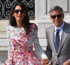 Φωτό Amal & George Clooney: καυτό φιλί σε ρομαντικό δείπνο - τα μωρά στη βίλλα με τους παππούδες - Κυρίως Φωτογραφία - Gallery - Video