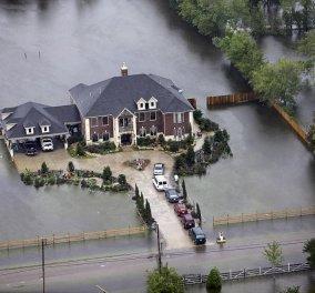Τυφώνας Χάρβεϊ: συνταρακτικές εικόνες και βίντεο από την μεγαλύτερη βροχή στην ιστορία της μετεωρολογίας - Κυρίως Φωτογραφία - Gallery - Video