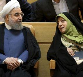 Καμία γυναίκα υπουργός αλλά 3 γυναίκες αντιπρόεδροι! Τις διόρισε ο πρόεδρος του Ιράν Χασάν Ροχανί - Κυρίως Φωτογραφία - Gallery - Video