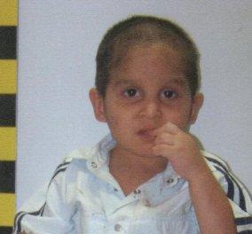 Στη δημοσιότητα οι φωτογραφίες του μικρού παιδιού που βρέθηκε εγκαταλελειμμένο στη Λάρισα - Κυρίως Φωτογραφία - Gallery - Video