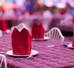 Εντυπωσιάστε τους καλεσμένους σας: οι 9 ωραιότεροι τρόποι για να διπλώσετε τις χαρτοπετσέτες πάνω στο τραπέζι!!! Φωτό - Κυρίως Φωτογραφία - Gallery - Video