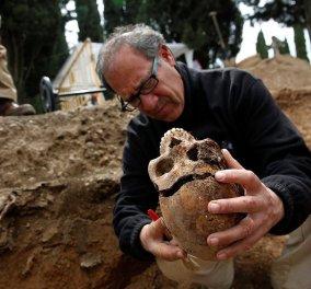 Φωτό - Αρχαιολόγοι ανακάλυψαν σκελετούς εκτελεσθέντων που φορούσαν ακόμη δερμάτινες μπότες από τον εμφύλιο στην Ισπανία - Κυρίως Φωτογραφία - Gallery - Video