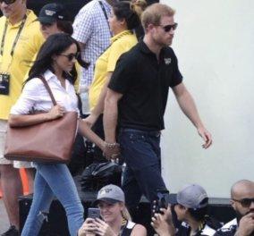 Πρίγκιπας Harry - Meghan Markle: Έκαναν την πρώτη τους κοινή εμφάνιση πιασμένοι χέρι-χέρι  - Κυρίως Φωτογραφία - Gallery - Video