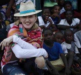 Όλη η νέα, διευρυμένη οικογένεια της Madonna – πανευτυχής η superstar – φωτό - Κυρίως Φωτογραφία - Gallery - Video
