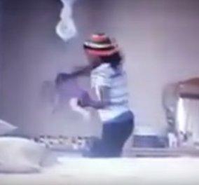 Οι μαμάδες να μην δουν αυτό το βίντεο: Η ανεκδιήγητη νταντά πετάει το μωρό στο κρεβατάκι - Μελανιές στο σωματάκι του - Κυρίως Φωτογραφία - Gallery - Video