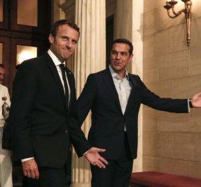 Συνάντηση Τσίπρα – Μακρόν: απρόοπτο κατά την είσοδο στο Μέγαρο Μαξίμου – τι ξέχασαν οι δύο ηγέτες - βίντεο - Κυρίως Φωτογραφία - Gallery - Video