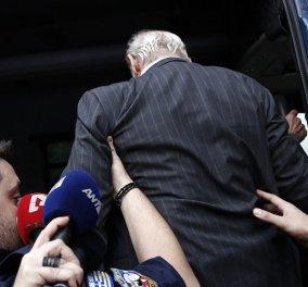 Στη φυλακή επιστρέφουν Άκης Τσοχατζόπουλος -Βίκυ Σταμάτη - Κυρίως Φωτογραφία - Gallery - Video