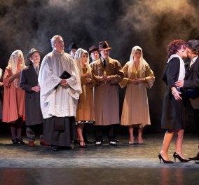 «ΦΙΛΟΥΜΕΝΑ»: Από 26 Οκτωβρίου στο θέατρο Διάνα - Κυρίως Φωτογραφία - Gallery - Video