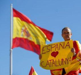 Οκτώ βραβευμένοι με Νομπέλ Ειρήνης τάσσονται υπέρ της διαμεσολάβησης και του διαλόγου στην Καταλονία - Κυρίως Φωτογραφία - Gallery - Video