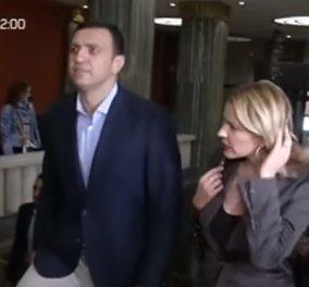 Τζένη Μπαλατσινού-Βασίλης Κικίλιας: Στην πρώτη κοινή δημόσια έξοδος τους πήγαν στη συναυλία της Κάρλα Μπρούνι (ΒΙΝΤΕΟ) - Κυρίως Φωτογραφία - Gallery - Video