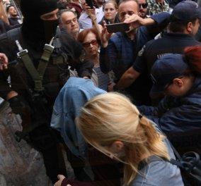 Ντροπή σας αλήτες: Οι Κρητικοί αποδοκιμάζουν τους απαγωγείς του Λεμπιδάκη - Κυρίως Φωτογραφία - Gallery - Video