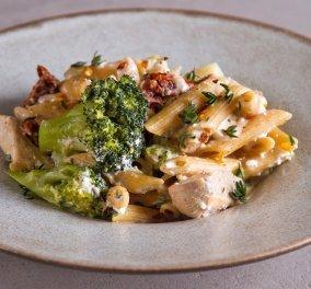 Γρήγορη συνταγή για μια σπέσιαλ Μακαρονάδα light με κοτόπουλο & μπρόκολο από τον Άκη Πετρετζίκη (βίντεο) - Κυρίως Φωτογραφία - Gallery - Video