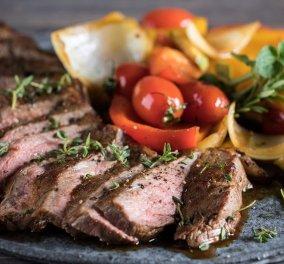 Το top του κρέατος: Μοσχαρίσιο steak με λαχανικά από τον Άκη Πετρετζίκη  - Κυρίως Φωτογραφία - Gallery - Video