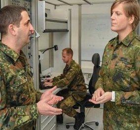 Αναστάζια Μπίφανγκ: Η τρανσέξουαλ Αντισυνταγματάρχης έγινε διοικητής μονάδας στο γερμανικό στρατό - Κυρίως Φωτογραφία - Gallery - Video