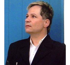 Έφυγε από τη ζωή ο Κώστας Βλουτής από ανακοπή καρδιάς - Τι είχε γράψει ο γνωστός δημοσιογράφος & στιχουργός - Κυρίως Φωτογραφία - Gallery - Video