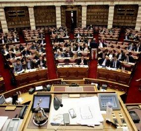 Προϋπολογισμός 2018: Έσοδα 2,7 εκατομμύρια ευρώ προσδοκά η κυβέρνηση από το πρόγραμμα αποκρατικοποιήσεων - Κυρίως Φωτογραφία - Gallery - Video
