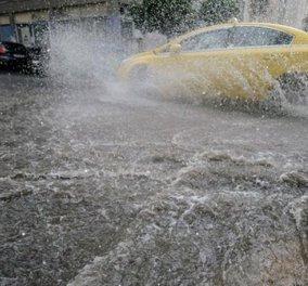 Συνεχίζονται τα προβλήματα από την κακοκαιρία: Σφοδρή βροχόπτωση στην Αττική - Προβλήματα στο Κερατσίνι το Πέραμα τη Σαλαμίνα  - Κυρίως Φωτογραφία - Gallery - Video