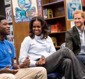 """""""Φιλαράκια"""" ο πρίγκηπας Χάρι και η Μισέλ Ομπάμα - Χαμόγελα και ... καλή καρδιά (ΦΩΤΟ- ΒΙΝΤΕΟ) - Κυρίως Φωτογραφία - Gallery - Video"""