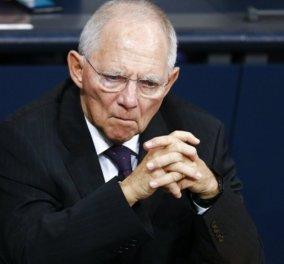 Ο Σόιμπλε αγρίεψε: Τέλος τα «τιτιβίσματα» μέσα από το γερμανικό κοινοβούλιο - Έντονες οι διαμαρτυρίες - Κυρίως Φωτογραφία - Gallery - Video