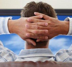 Όσο περισσότερο ένας μεσήλικας παρακολουθεί τηλεόραση τόσο μεγαλώνει ο κίνδυνος να πάθει φλεβική θρόμβωση - Κυρίως Φωτογραφία - Gallery - Video