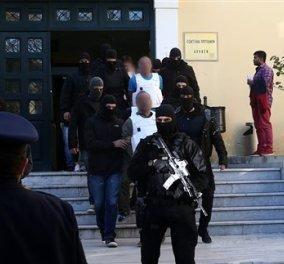 Βαρύτατες κατηγορίες για τρομοκρατία στους εννέα Τούρκους συλληφθέντες - Κυρίως Φωτογραφία - Gallery - Video