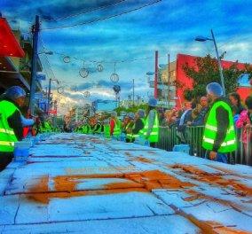 Good news: Βασιλόπιτα για ρεκόρ Γκίνες - Ζυγίζει 2,5 τόνους, μοιράστηκε σε 15.000 κομμάτια & κόπηκε στο Περιστέρι! - Κυρίως Φωτογραφία - Gallery - Video