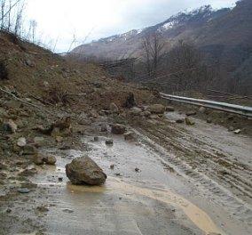 Πλημμύρες και κατολισθήσεις από τις ισχυρές βροχοπτώσεις - Διακοπές της κυκλοφορίας σε πολλές περιοχές - Κυρίως Φωτογραφία - Gallery - Video