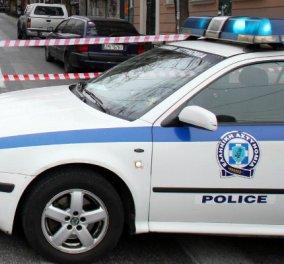 Συναγερμός στα Βριλήσσια! Βρέθηκε χειροβομβίδα έξω από την κατοικία εκδότη - Σοκαρισμένος στις πρώτες του δηλώσεις - Κυρίως Φωτογραφία - Gallery - Video
