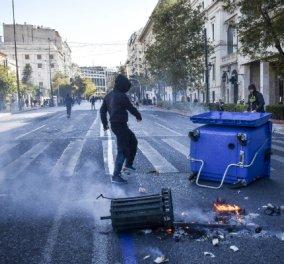 """""""Γυαλιά καρφιά"""" στο κέντρο της Αθήνας! Ανενόχλητοι ρήμαξαν τα πάντα οι κουκουλοφόροι, διακριτική η απουσία της αστυνομίας - Κυρίως Φωτογραφία - Gallery - Video"""