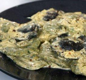 Πεντανόστιμη & ξεχωριστή συνταγή από τον Βαγγέλη Δρίσκα - Ραβιόλι με φρέσκο σολομό, κρέμα και σαφράν! - Κυρίως Φωτογραφία - Gallery - Video
