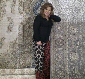 Ποια διάσημη παρουσιάστρια - διακοσμήτρια τύλιξε σε μαγικό χαλί η Δέσποινα Μοιραράκη; (Φωτό) - Κυρίως Φωτογραφία - Gallery - Video