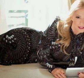 Έκλεψε την παράσταση η αγαπημένη Μαρία Μπακοδήμου- Δείτε την εντυπωσιακή χριστουγεννιάτικη φωτογράφηση με τους γιους της - Κυρίως Φωτογραφία - Gallery - Video