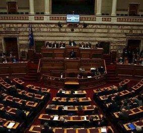 """Με 153 """"Ναι"""" εγκρίθηκε από την ολομέλεια της Βουλής ο προϋπολογισμός του 2018 - Κυρίως Φωτογραφία - Gallery - Video"""